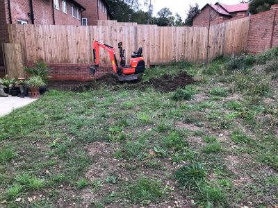 Wilton mini digger k008 in garden